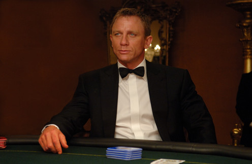 Джеймс бонд казино актеры казино с рулеткой без депозита