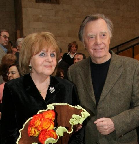 Анатолий Кузнецов с супругой