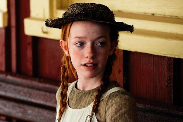 Актриса стала популярной, исполнив одну из главных ролей в сериале «Громовы»