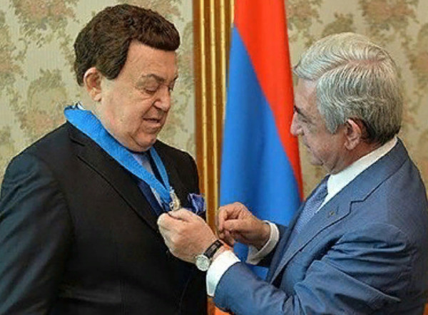 Певец является почетным гражданином 29 городов России и стран СНГ