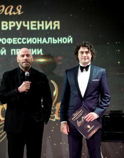 Джон Траволта и Дмитрий Оленин