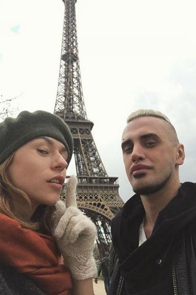 Влюбленные Катя и Леня в Париже