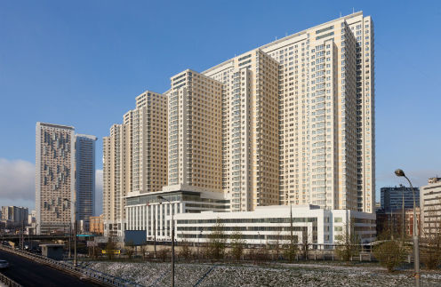 Нелли живет на 13-м этаже в этом элитном доме на Беговой