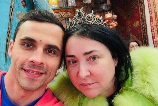 Дмитрий заявил, что мечтал о ребенке от Лолиты