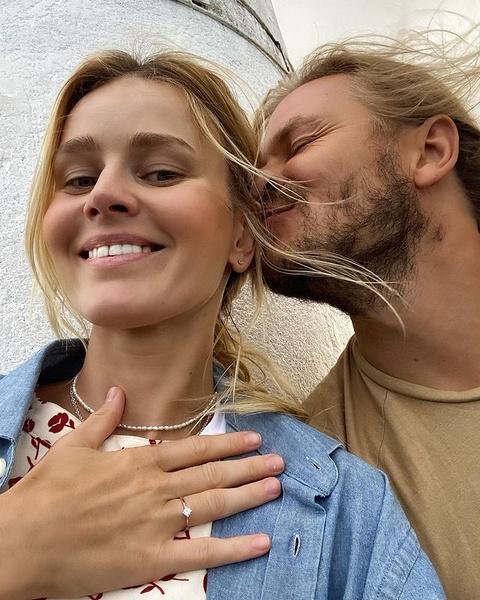 Екатерина вместе со своим парнем Максимом