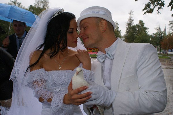 Никита с женой Ладой