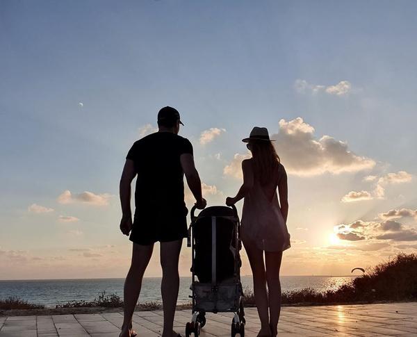 Раньше влюбленные часто путешествовали с сыном