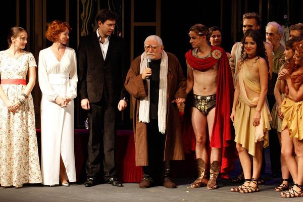 Армен Борисович по-прежнему занимается делами театра