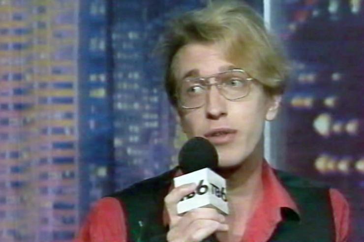 С 1995-го по 1998-й журналист появлялся в шоу «Акулы пера»