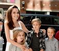 Алкоголь, холодное оружие и визиты к психологу: как живут дети Анджелины Джоли и Брэда Питта