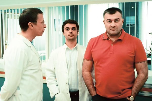 В последнем сезоне «Интернов» Пореченков сыграл экс-супруга главврача