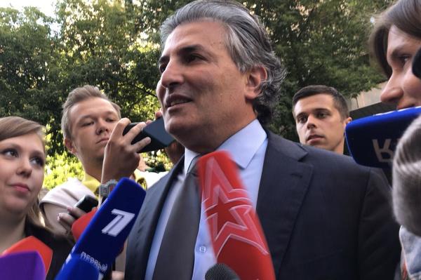 Михаил Ефремов определился с «новым» адвокатом
