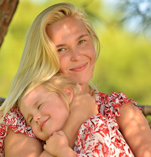 От бывшего мужа звезда воспитывает 4-летнюю дочь Таисию.