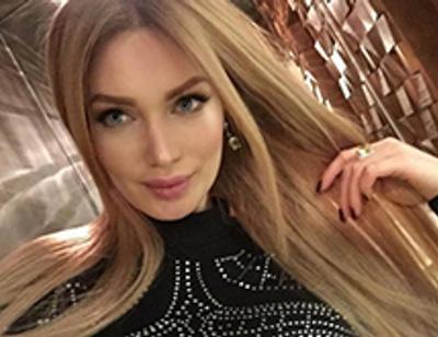 Евгения Феофилактова рассталась с длинными волосами