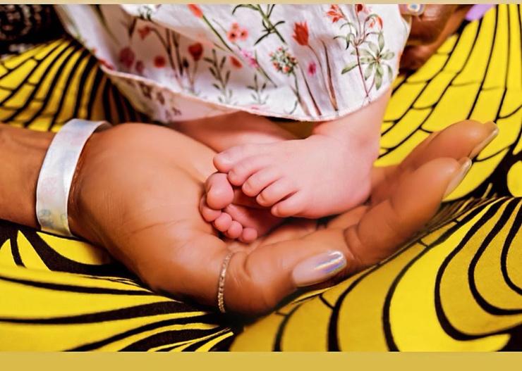 Трогательным снимком с малышкой Наоми поделилась в личном блоге