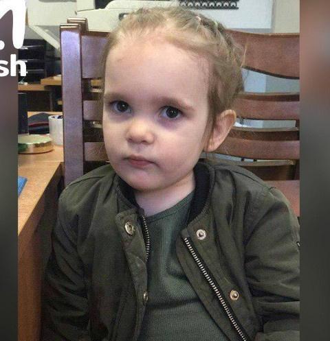 Двухлетняя девочка оказалась брошена в московской поликлинике