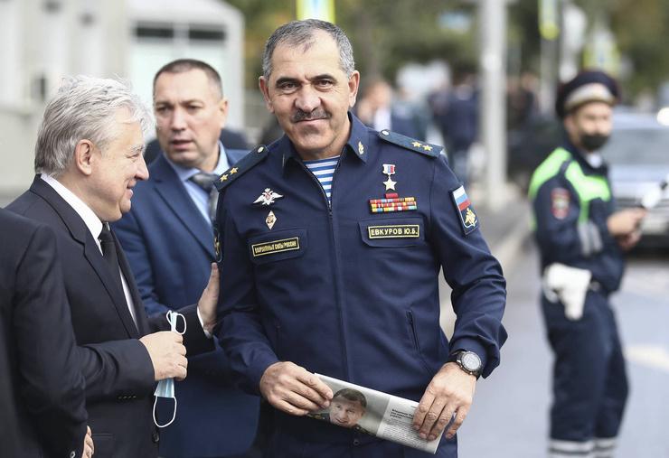 Генерал Юнус-Бек Евкуров