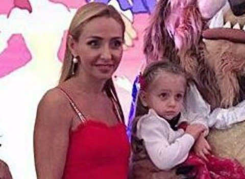 Татьяна Навка с размахом отметила день рождения дочери