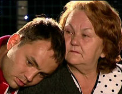 Мать Александра Гобозова госпитализировали с переломом ребер