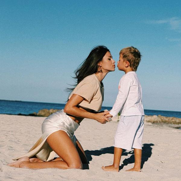 Анна Кастерова с сыном Никитой