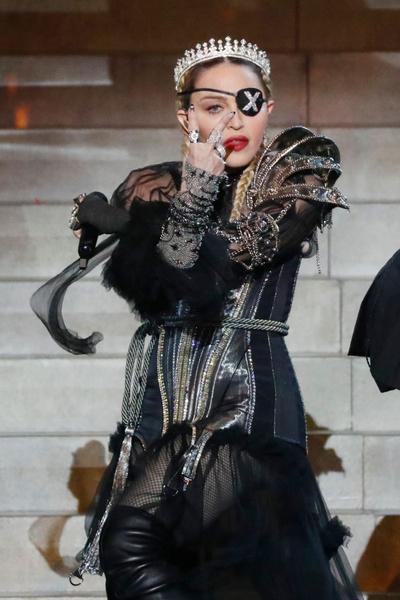 На «Евровидении» соседкой Андрея Данилко по гримерке стала Мадонна