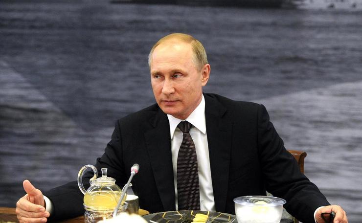 Владимир Путин тщательно оберегает личную жизнь и не реагирует на слухи