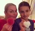 Анастасия Волочкова учит дочь отношениям с мальчиками