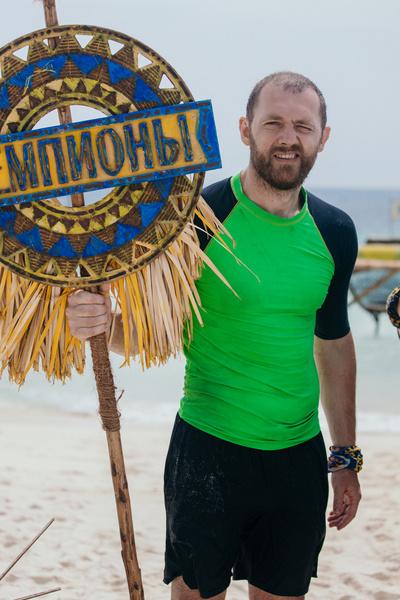Денис Шведов попал в племя «Чемпионов»