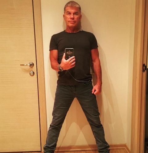 Олега Газманова задержали в аэропорту Литвы