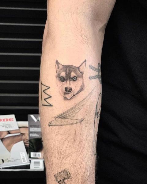 Влюбленные решили почтить память Уолдо татуировкой