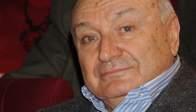 Михаил Жванецкий впервые вышел в свет после травмы