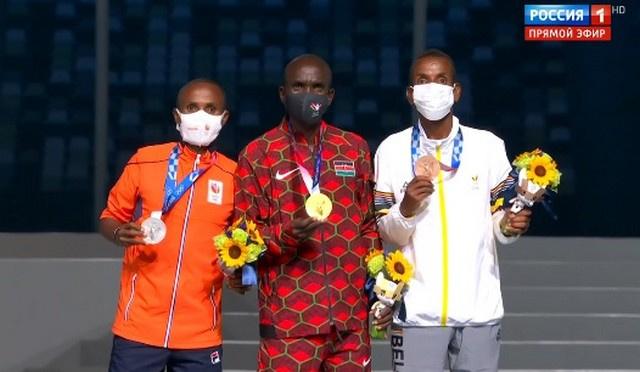 36-летний кениец Элиуд Кипчоге взял золото
