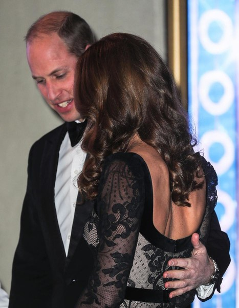 Герцогиня восхитила выбором платья