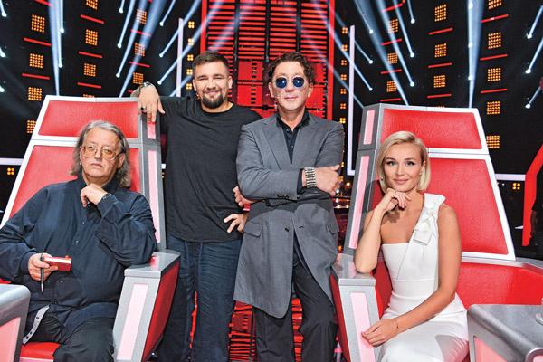 Члены жюри «Голоса» Александр Градский, Баста, Григорий Лепс и Полина Гагарина были поражены диапазоном Артема