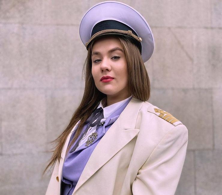 Ксюше осенью исполнилось 20 лет, до проекта она жила в Домодедово