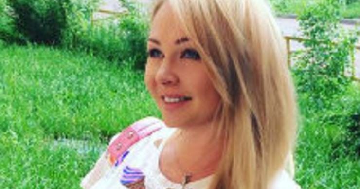 Дарья Пынзарь учит женщин правильно кормить грудью