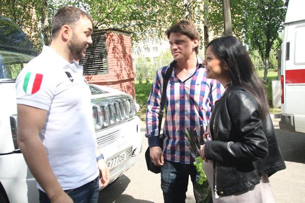 Александр Гобозов был рад встрече с супругами Кабановыми