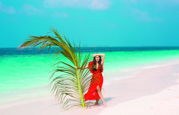 Виктория Романец – в Сочи, Сергей Лазарев – в Майами. Как звезды проведут новогодние каникулы