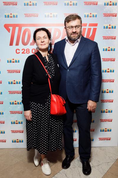 Пореченкова сопровождала супруга