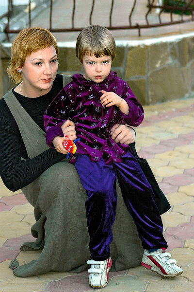 Анна-Мария с мамой