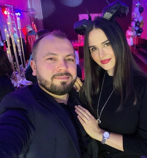 «Для меня рухнул мир. Наташа была вселенной»: первый комментарий Ярослава Сумишевского после похорон жены