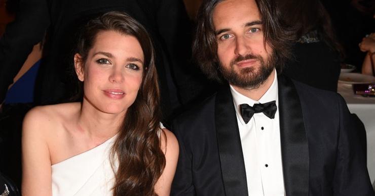 Принцесса Монако Шарлотта Казираги тайно крестила младшего сына