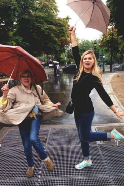 Внучка Алисы Фрейндлих убеждена: чувство стиля определенно передалось ей по наследству от бабушки и мамы