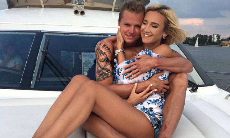 Когда-то Ольга и Дмитрий были парой, но после развода их пути разошлись