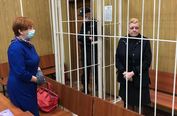 Несмотря на жалобы о дурном самочувствии, Дрожжина оказалась под арестом
