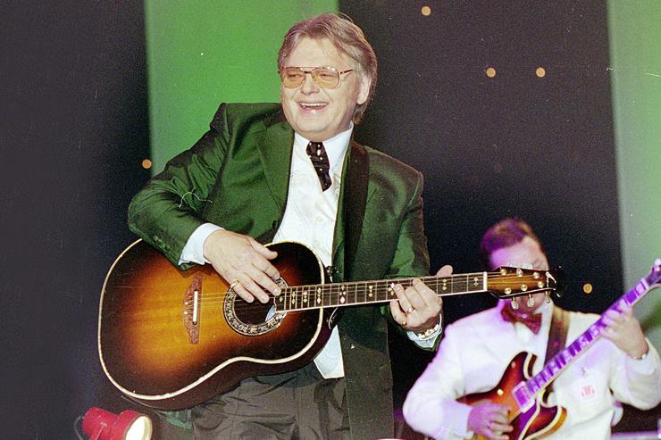 С 90-х Антонов не выпускал новых хитов