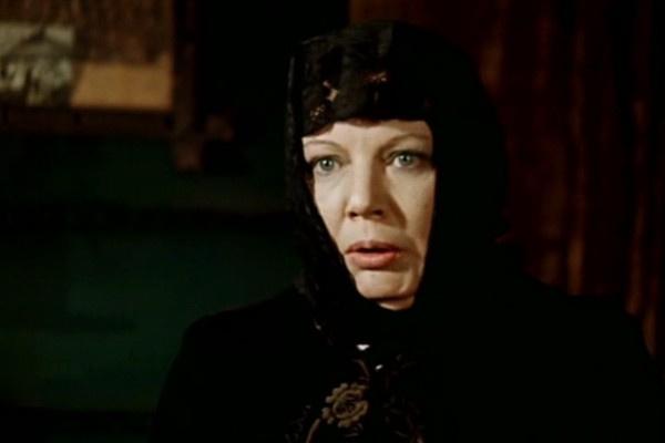 Нина Лапшинова сыграла в фильме мужа только в эпизодической роли