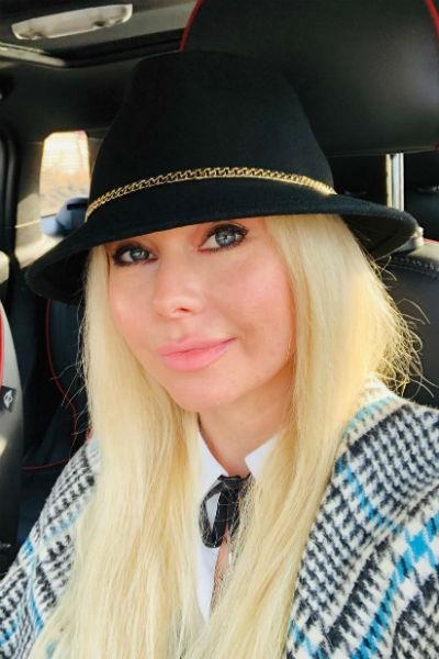 Елена Корикова оставила вещи в машине