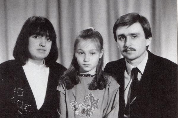 Супруги с дочкой Анастасией