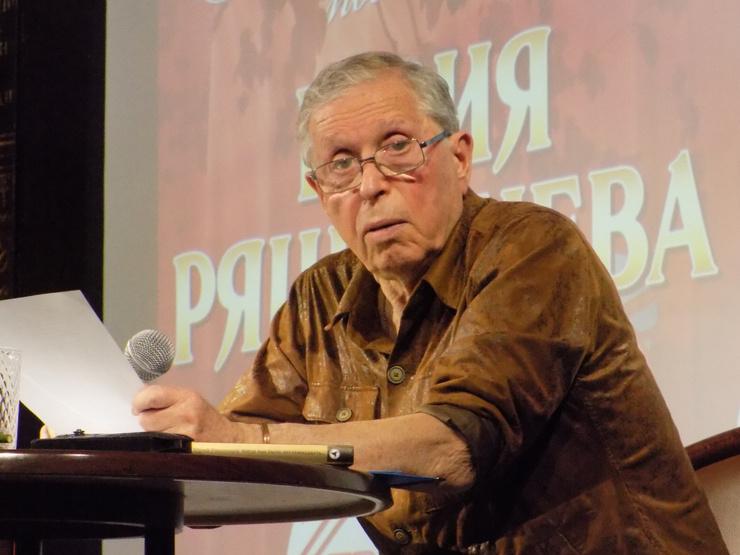 Юрий Ряшенцев — поэт, автор стихов к песням для театра и кино, сценарист, мастер мюзикла, переводчик и прозаик